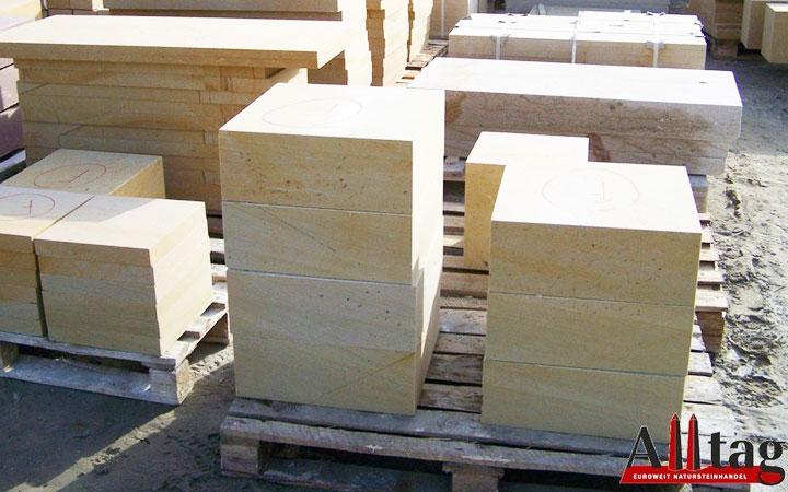 Abdeckplatten aus Sandstein