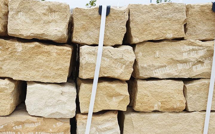 Sandstein-Mauerstein gespalten 15 x 20 x 40 cm